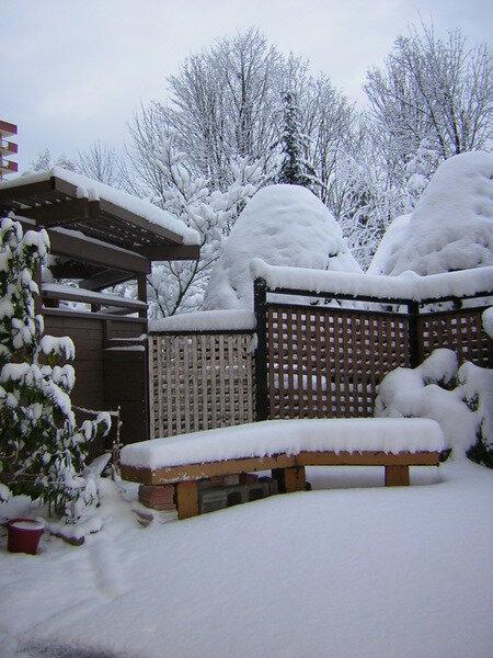 snow-on-patio.jpg